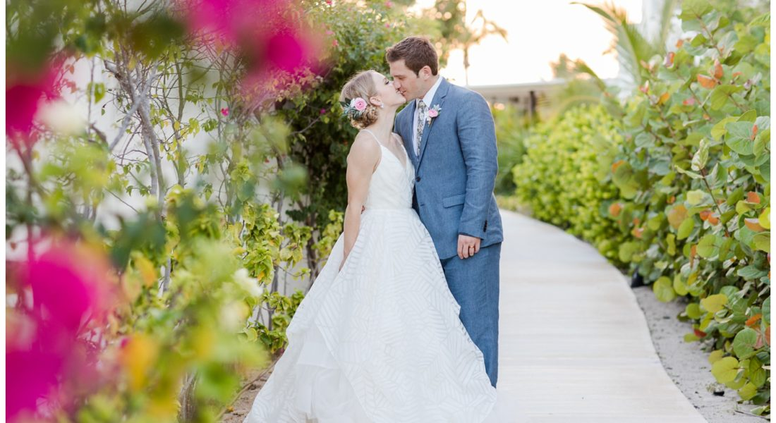 "<span class=""entry-title-primary"">Olivia & Ian 